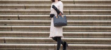 Bringe Glamour in Deinen Alltag mit dem Tweedy Dress von Von 50'