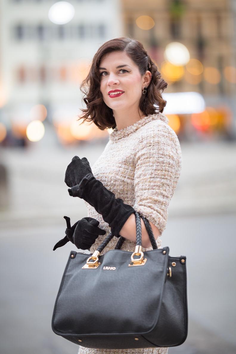 RetroCat mit dem glamourösen Tweedy Dress von Von 50' in München