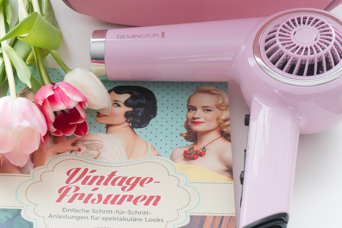 """Das Buch """"Vintage-Frisuren"""" und ein Retro Haartrockner von Remington"""