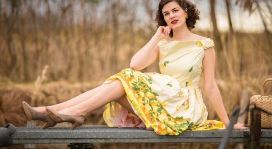 A yellow Lemon Dress: Das Swing-Kleid