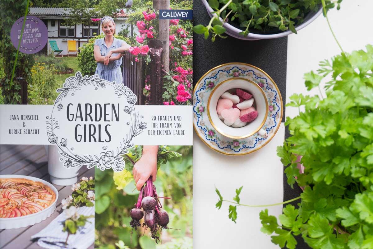 """Buchtipp für Garten-Liebhaber & Natur-Freunde: """"Garden Girls"""" von Jana Henschel & Ulrike Schacht"""