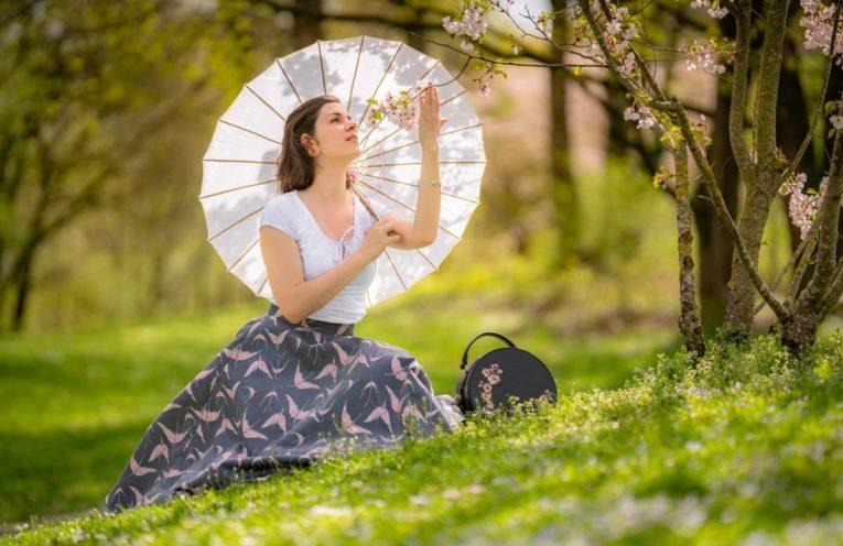 Im Blütenparadies mit dem Rio Top & Circle Skirt von Vivien of Holloway