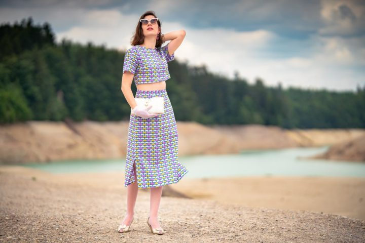 A colourful 60s Look for Summer with the Fan Dress by Grünten Mode