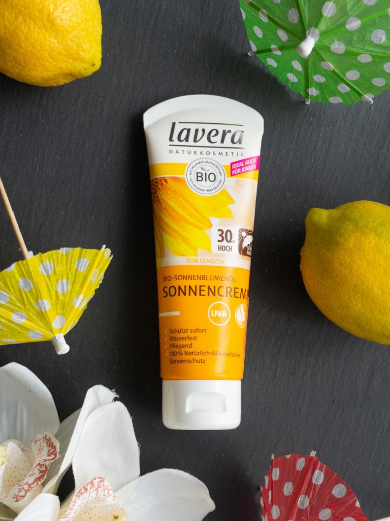 Mineralischer Sonnenschutz von der Naturkosmetikmarke Lavera