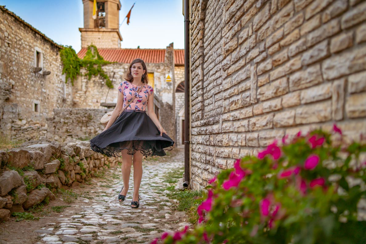 RetroCat im Ice Cream Dress mit Tellerrock und Petticoat