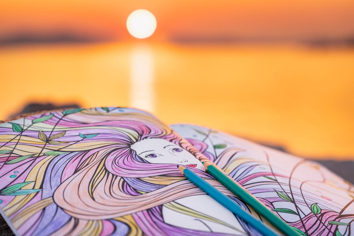 Ein Blick in das Meerjungfrauen Malbuch vom mvg Verlag