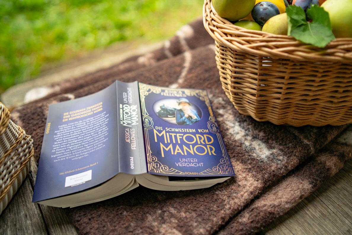 Buchtipp: Die Schwestern von Mitford Manor - Unter Verdacht von Jessica Fellowes (Piper Verlag)