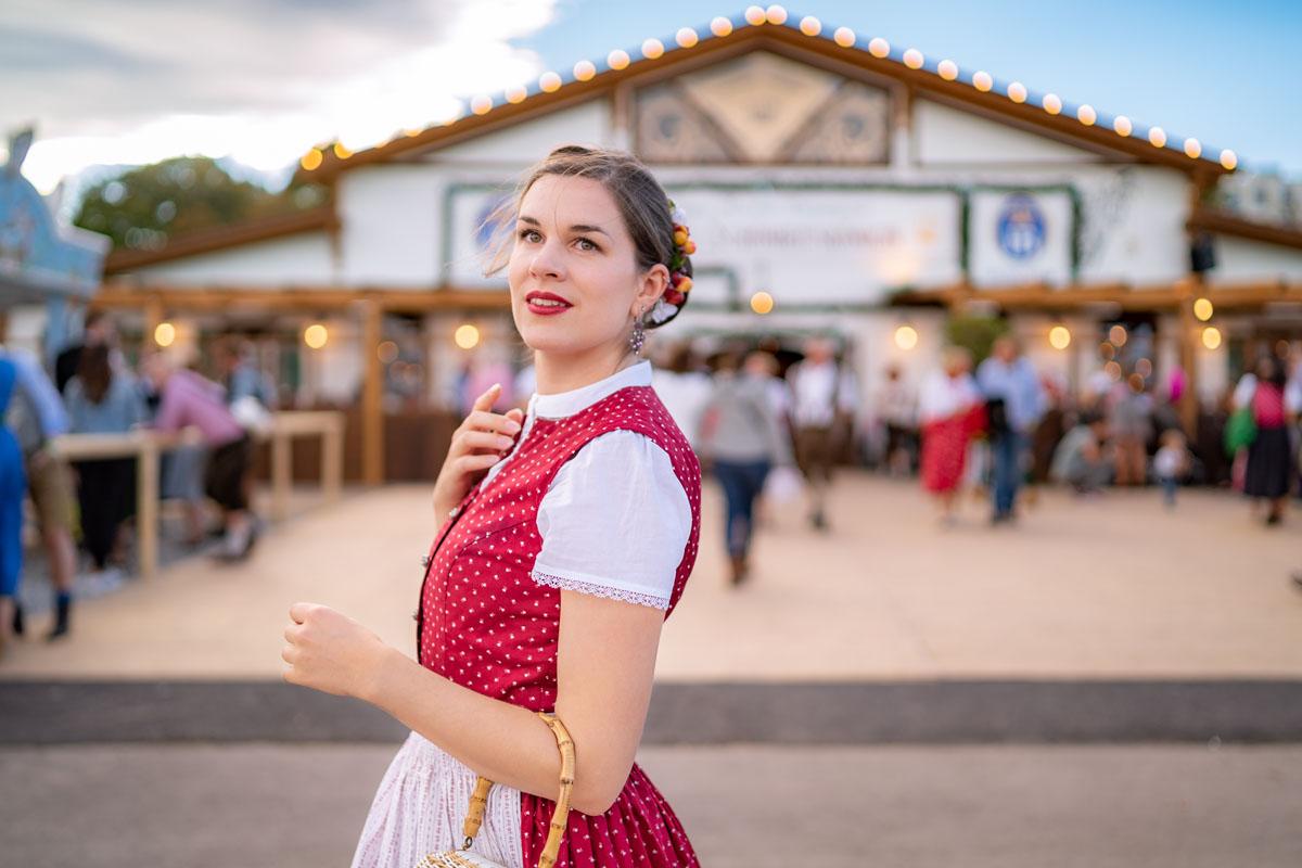 Trend oder Tradition? Die Geschichte des Dirndls & der bayerischen Tracht