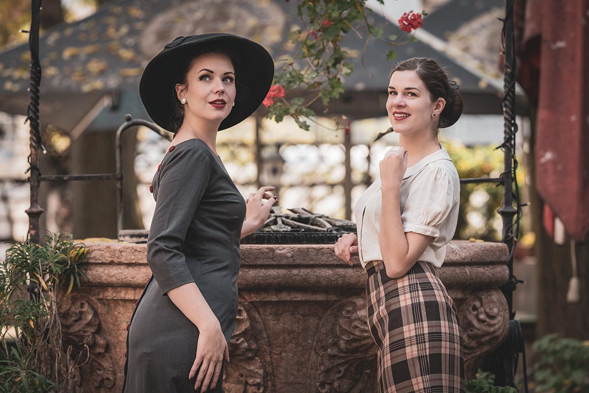 Nicole Rhoslynn alias Madame Rhos und Sandra Alias RetroCat