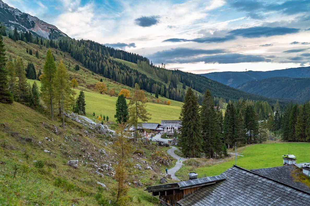 Blick in die Alpen von der Oberhofalm in Filzmoos