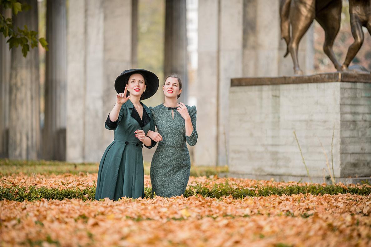 RetroCat und Nicole Rhoslynn beim Herbstspaziergang in Berlin