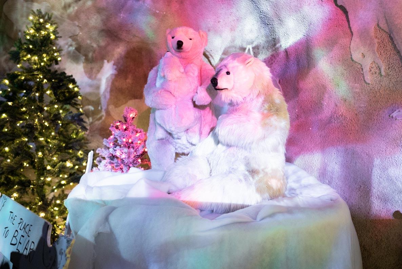 Eisbären-Figuren auf dem Rochers de Naye in Montreux/Schweiz