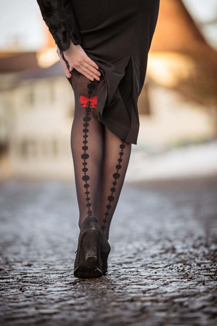 The best brands for tights: RetroCat with semi-opaque hosiery by Chantal Thomass