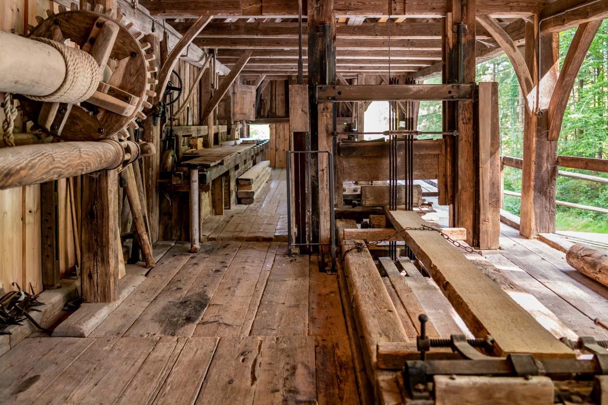Ein altes Sägewerk im Freilichtmuseum Glentleiten