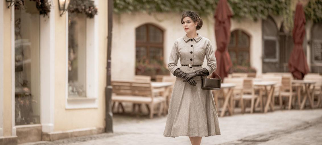 So kreierst Du Schritt für Schritt ein elegantes 50er-Jahre-Outfit