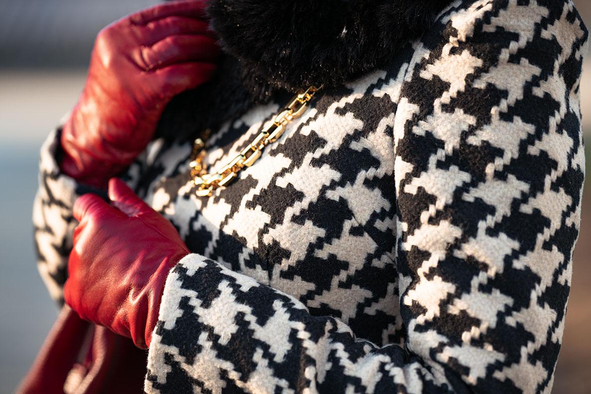 Geschenkidee für die Liebste zu Weihnachten: elegante rote Lederhandschuhe von Roeckl