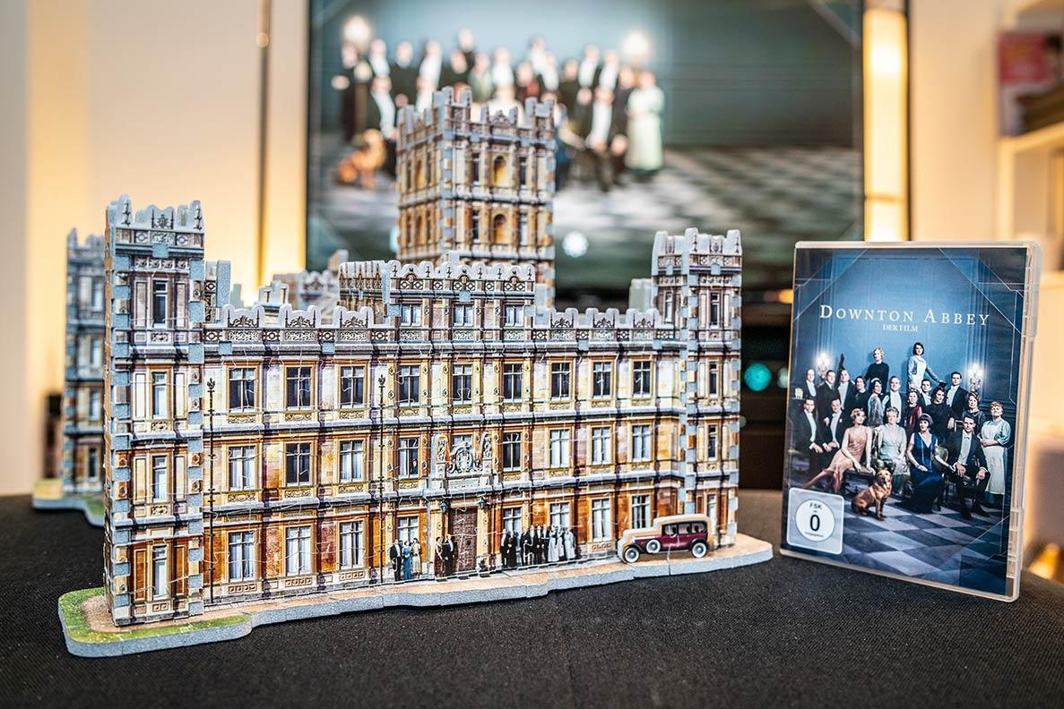 Downton Abbey - Der Film und das passende 3D-Puzzle von Highclere Castle