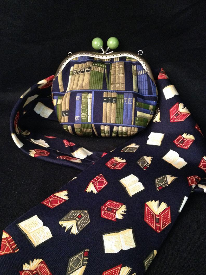 Eine Krawattentasche von Nadja Christner Taschen