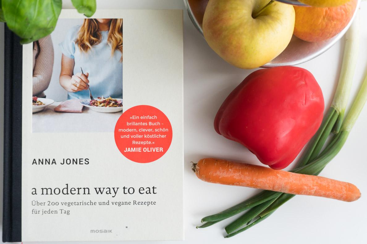 Ein Kochbuch mit gesunden Rezepten von Anna Jones