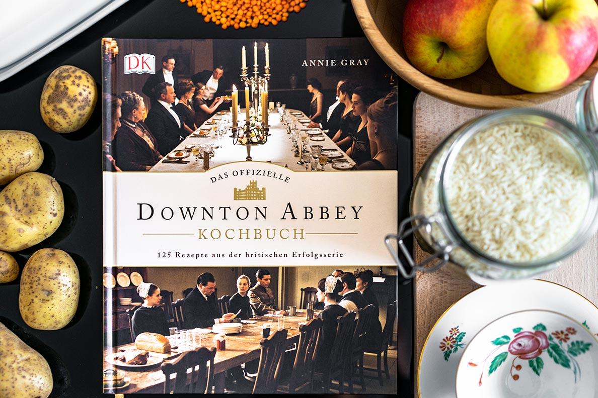 Eine Rezension zum offiziellen Downton Abbey Kochbuch vom DK Verlag