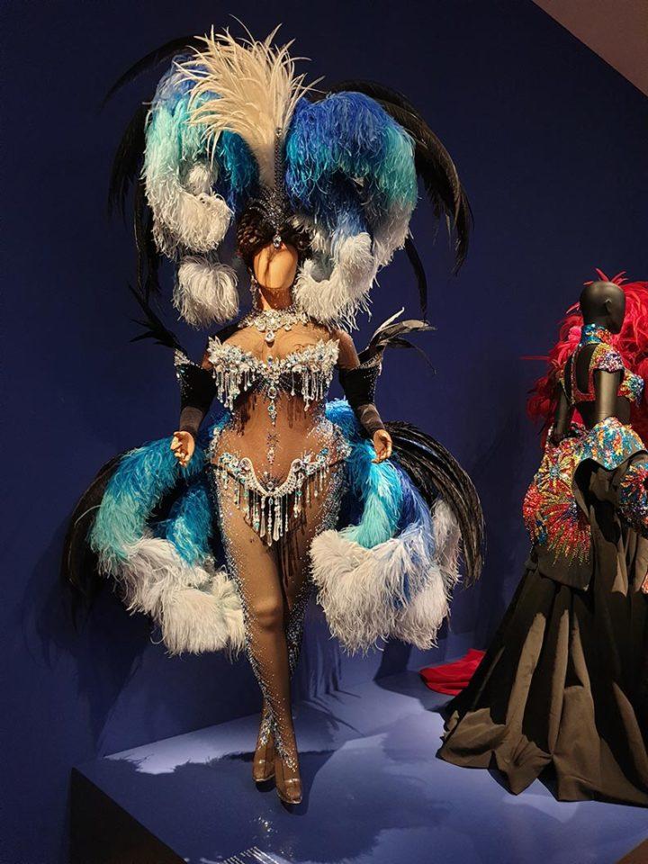 Ein spektakuläres Bühnenoutfit von Thierry Mugler in der Kunsthalle München