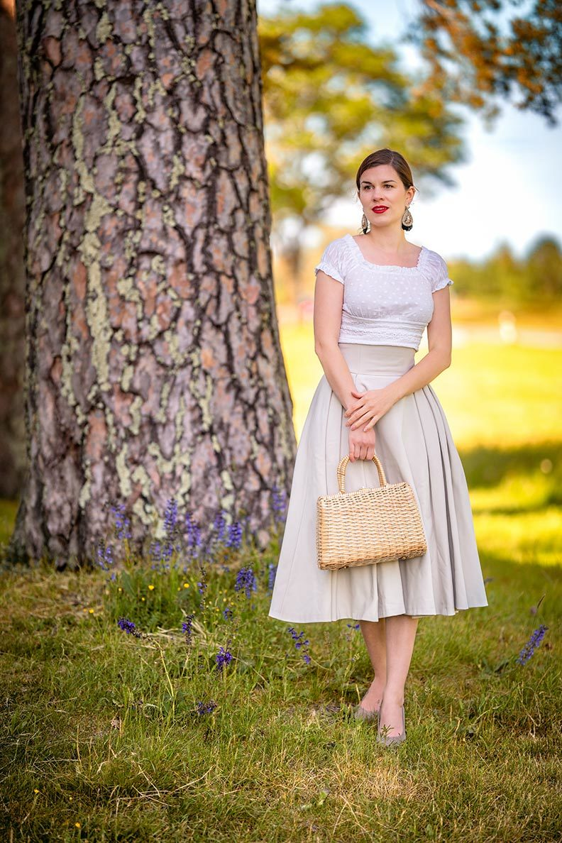 RetroCat wearing a romantic top and elegant skirt by Ginger Jackie while visiting Bavaria