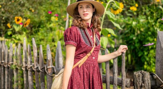 How to wear a Bavarian Dirndl and Tracht in everyday life