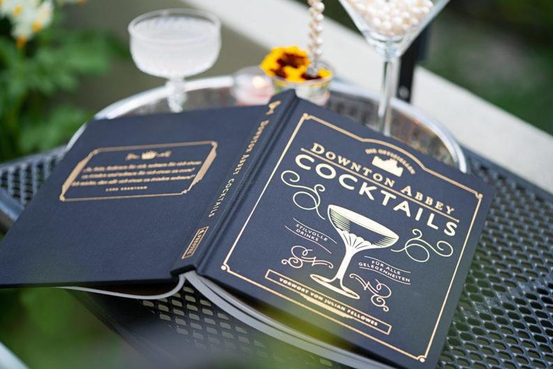 RetroCat stellt das offizielle Downton Abbey Cocktailbuch vor