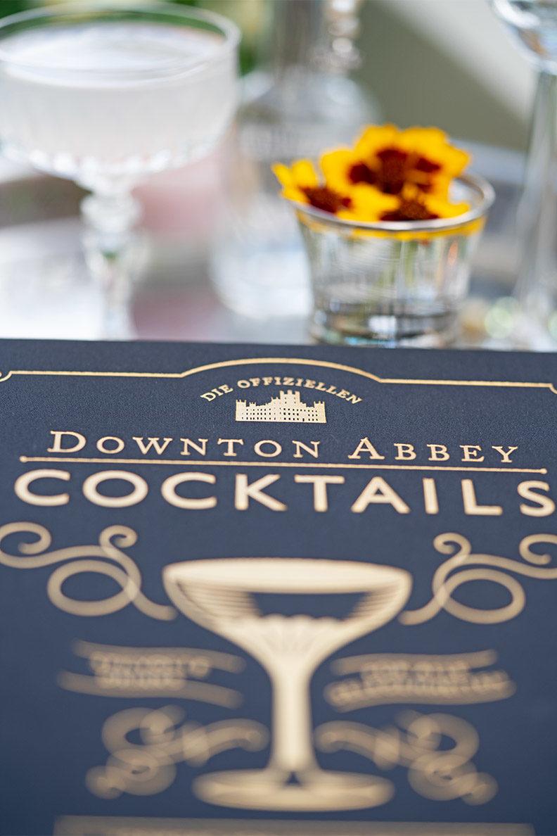 Die offiziellen Downton Abbey Cocktails: Eine ausführliche Buchvorstellung