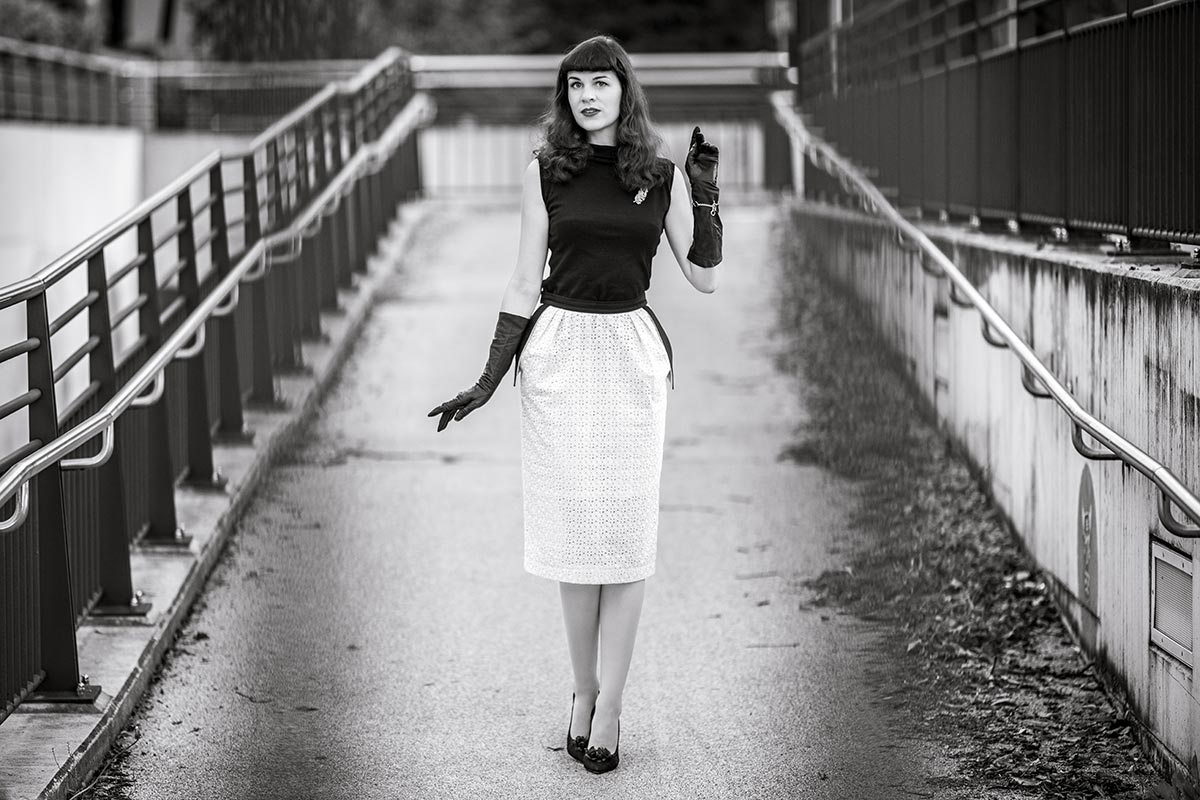 How to create a thrilling Black and White Look
