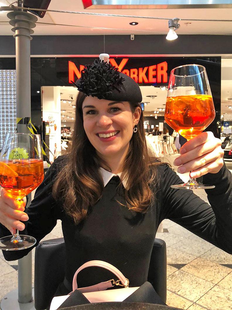 Wochnerückblick: RetroCat mit einem Drink in Augsburg