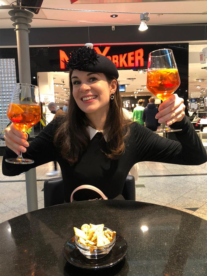 Wochenrückblick: RetroCat mit einem Drink