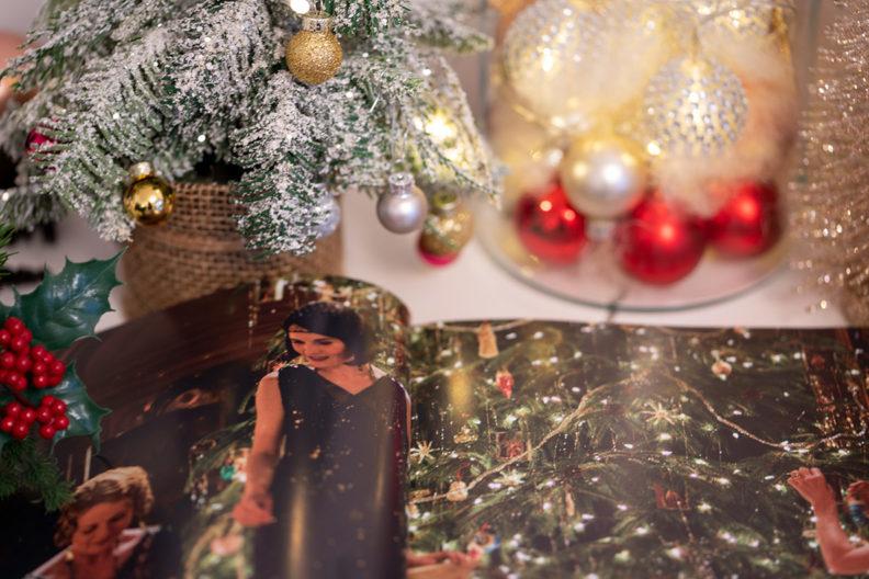 Das zauberhafte Downton Abbey Kochbuch mit Szenenbildern