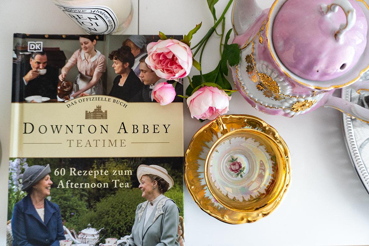 Buchtipp von RetroCat: Das offizielle Downton Abbey Teatime Buch