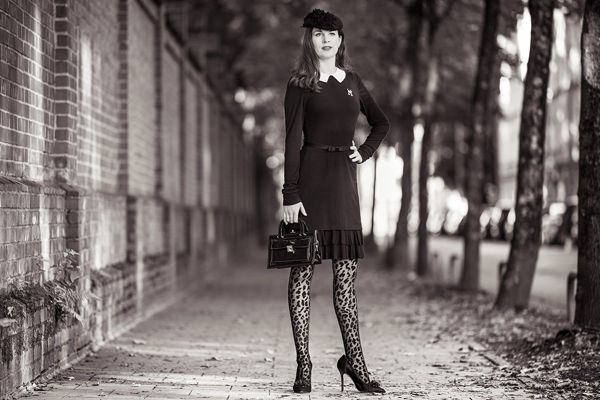 How to style patterned Tights: Styling Tips by RetroCat
