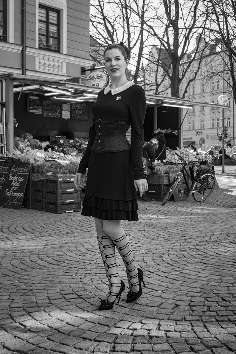 RetroCat mit einem frechen Retro-Outfit in München