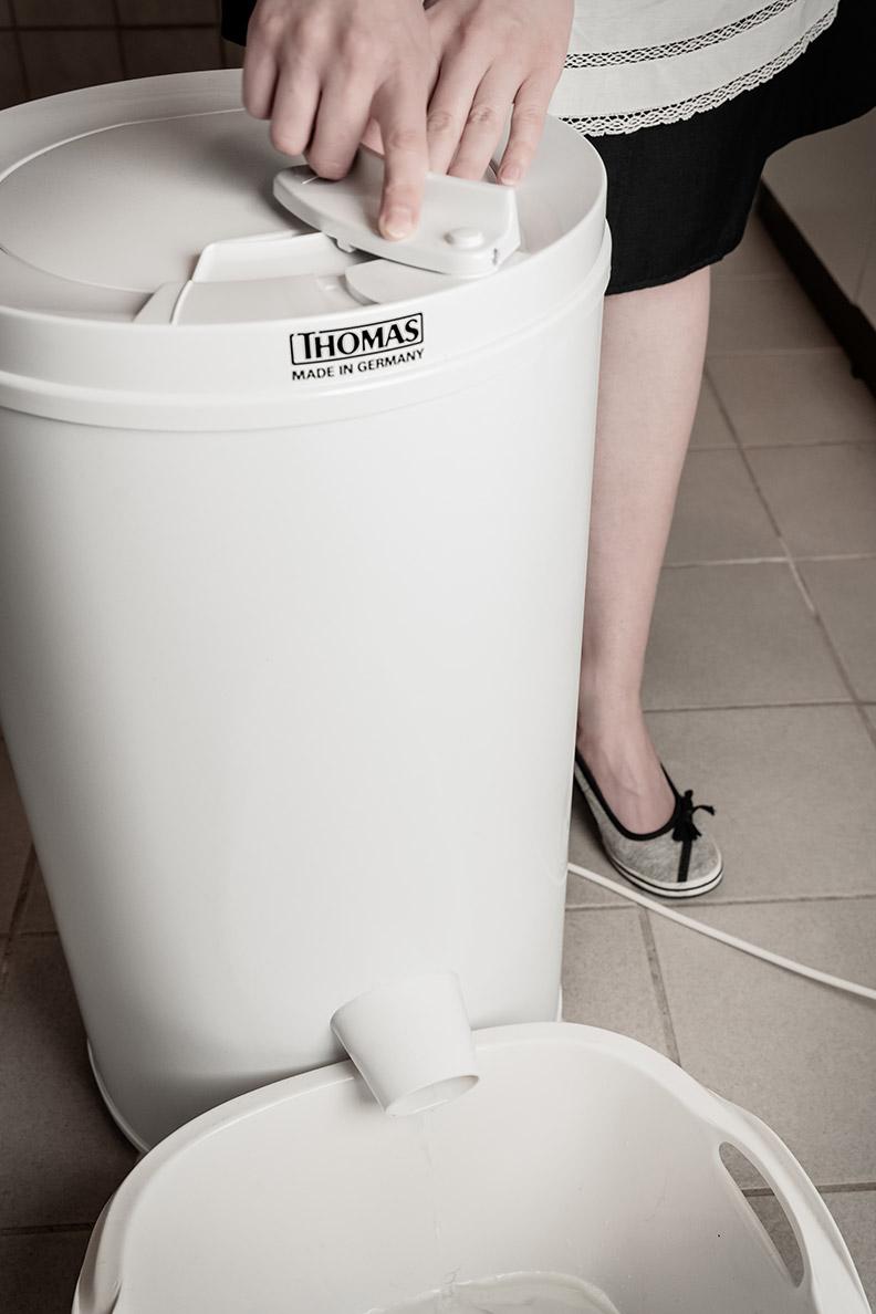 RetroCat startet die Wäscheschleuder von THOMAS mithilfe des Starhebels