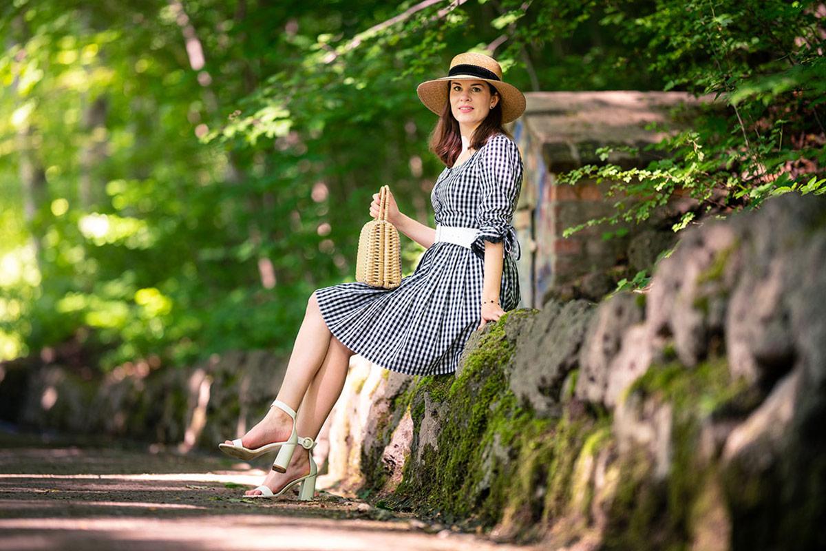 Auf Schritt und Tritt: Diese Sandalen passen zu (fast) jedem Sommerkleid